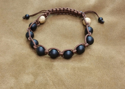 Adjustable size unisex bracelet